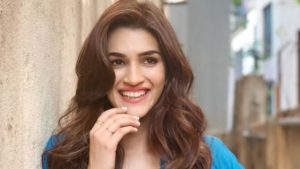 Housefull 4: Kriti Sanon grips the audience yet again with her comic timing