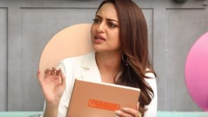 Sonakshi Sinha blasts Indigo airlines for damaging suitcase